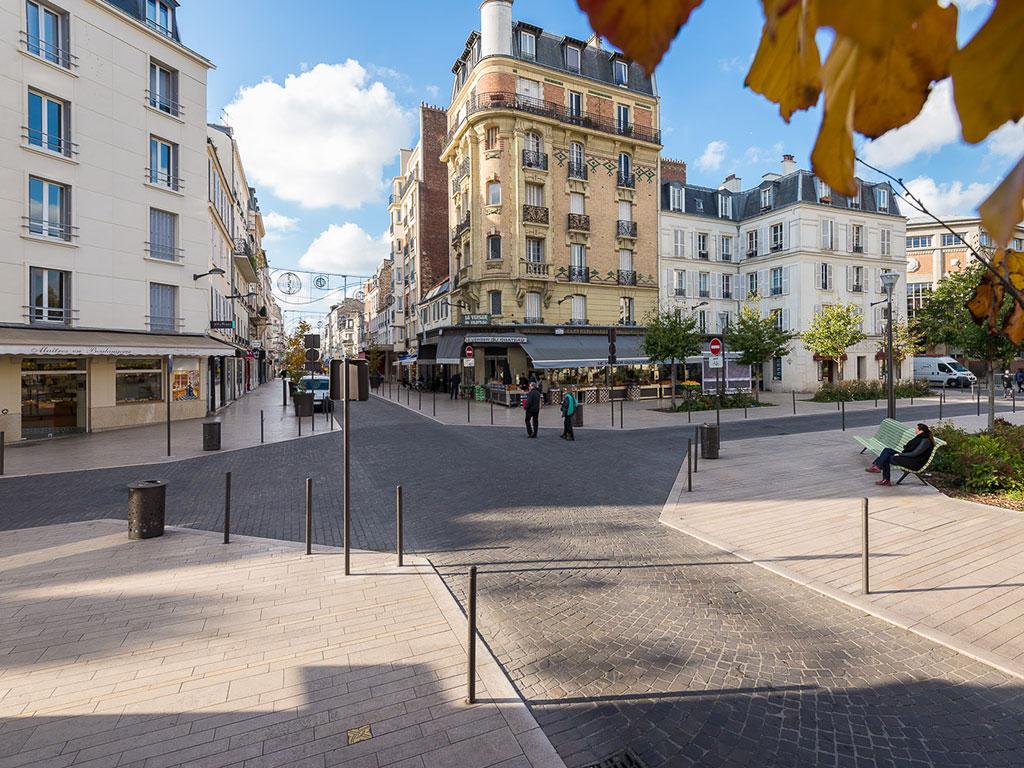Aménagement urbain pierre naturelle