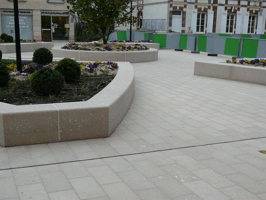 Aménagement urbain du centre ville de Chambourcy en pierre