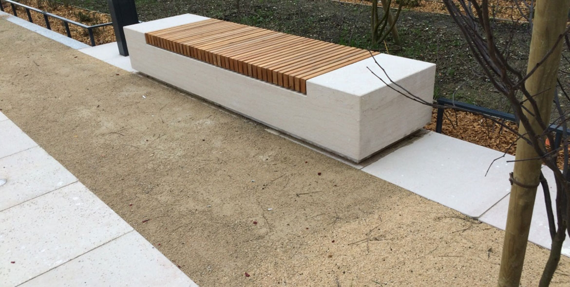Bancs am nagements urbains for Banquette bois exterieur