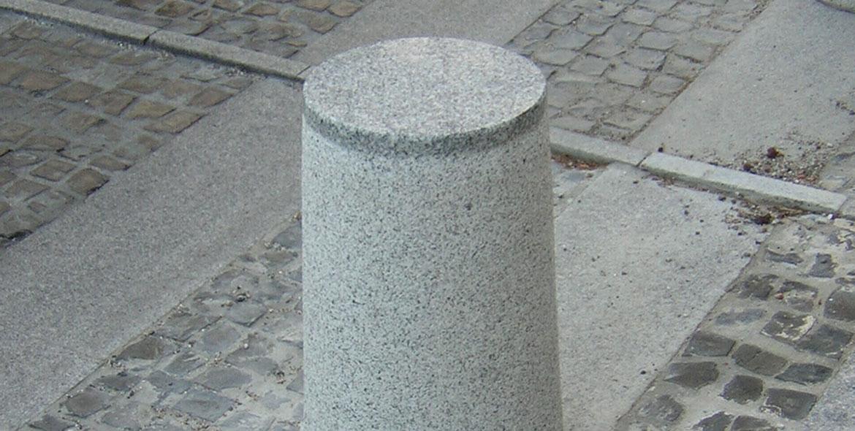 Borne en granit du Tarn