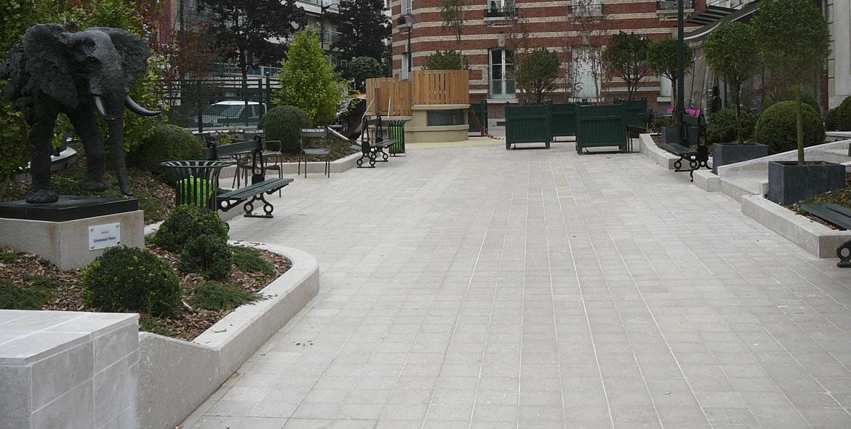 Aménagement urbain en pierre de Comblanchien