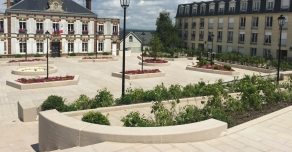 Place de la Mairie de Chambourcy (78)