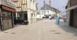 Pavés et caniveaux rue du Change à Vendôme (41)